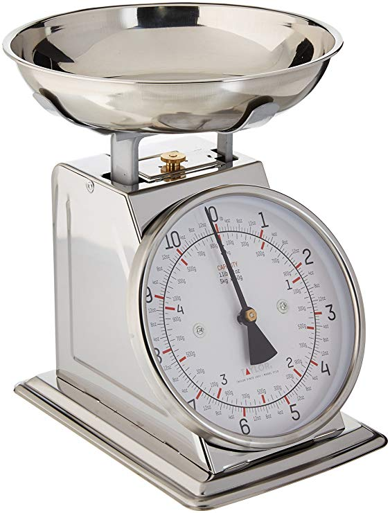 Normally $30, this kitchen scale is 41 percent off today (Photo via Amazon)