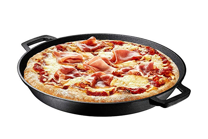 Normally $50, this cast iron skillet is 26 percent off today (Photo via Amazon)