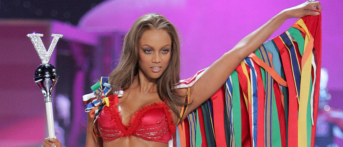 NEW YORK - NOVEMBER 09: Model Tyra Banks walks the runway at The Victoria's Secret Fashion Show at the 69th Regiment Armory November 9, 2005 in New York City. (Photo by Peter Kramer/Getty Images)