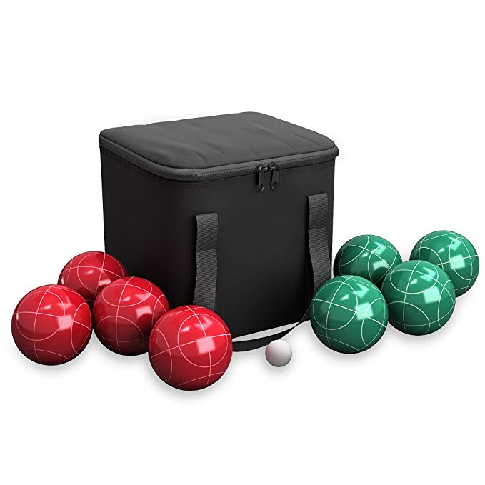 Normally $40, this bocce set is 40 percent off today (Photo via Amazon)