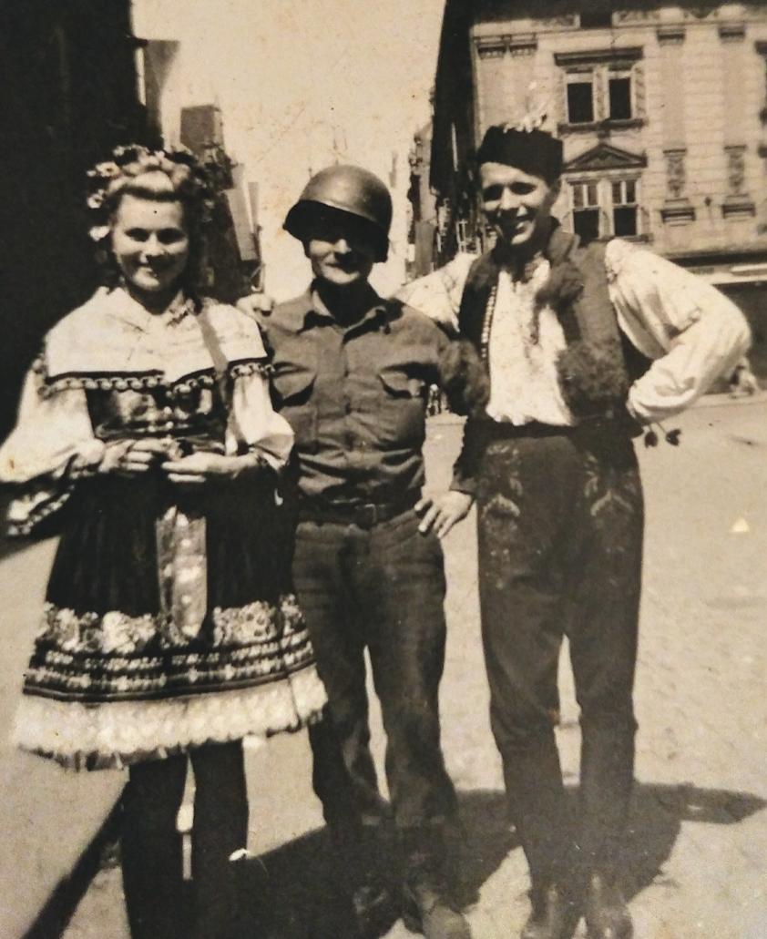 SSG William F. Greenplate (center) in Belgium, 1945. Virginia Kruta/The Daily Caller