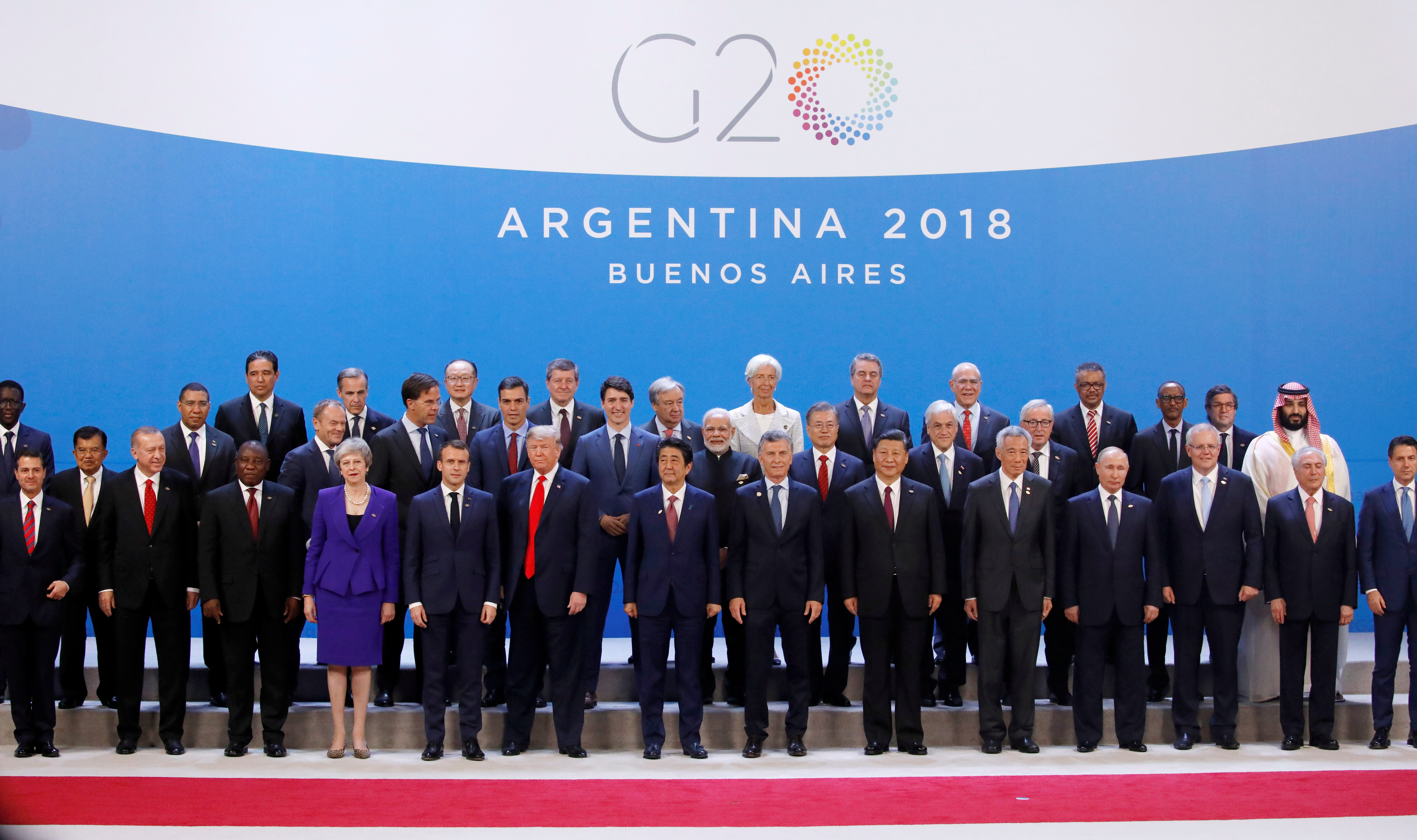 Leaders pose for a family photo during the G20 summit in Buenos Aires, Argentina November 30, 2018. REUTERS/Andres Martinez Casares/Pool