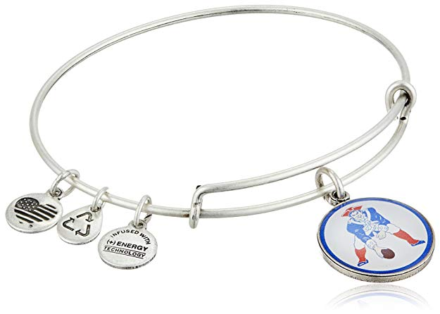 Normally $32, this Patriots bangle is 17 percent off (Photo via Amazon)