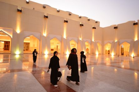 Students from VCU's home campus visit the Imam Muhammad ibn Abd al-Wahhab Mosque, the national mosque of Qatar. http://www.qatar.vcu.edu/news/qatar-day-and-richmond-day-make-a-big-impression