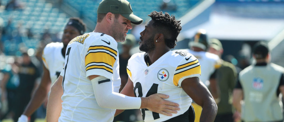 JACKSONVILLE, FL - NOVEMBER 18: Ben Roethlisberger #7 of the Pittsburgh Steelers greets Antonio Brown #84 on the field before their game against the Jacksonville Jaguars at TIAA Bank Field on November 18, 2018 in Jacksonville, Florida. (Photo by Scott Halleran/Getty Images)