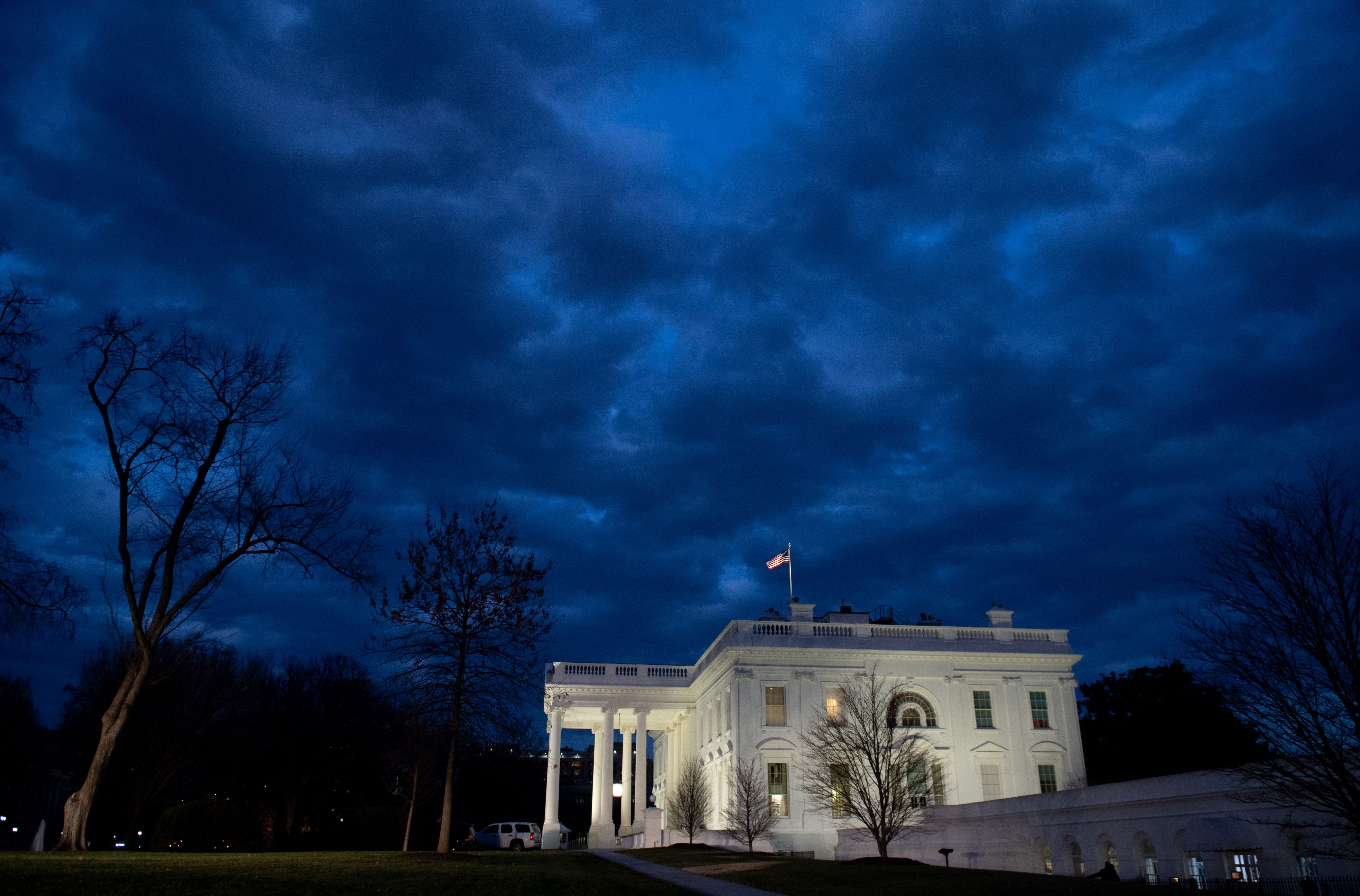 The White House is seen in Washington, DC, on January 8, 2019, ahead of an address on border security and the government shutdown from US President Donald Trump. (Photo by SAUL LOEB/AFP/Getty Images)