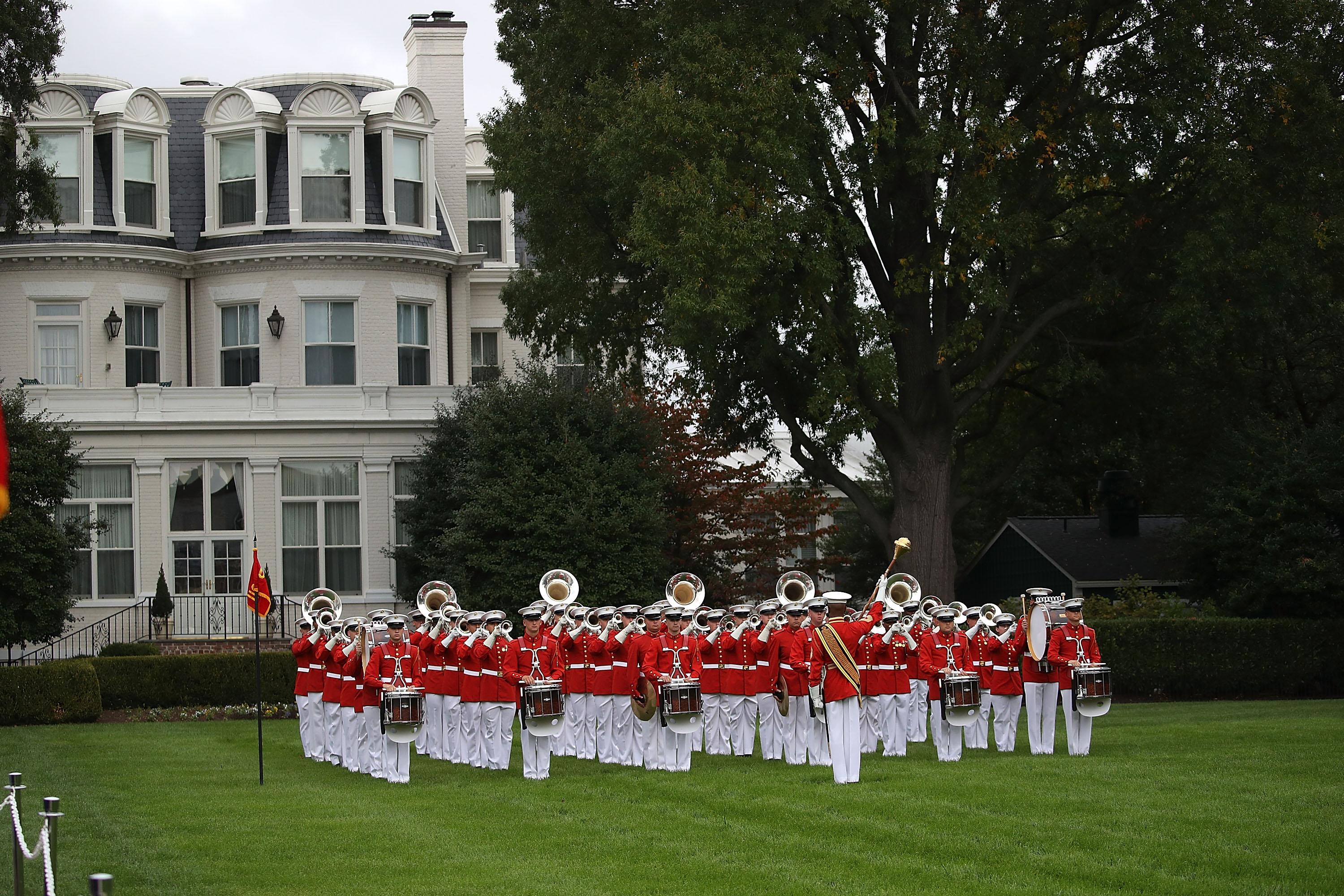 WASHINGTON, DC - OCTOBER 23: The US Marine Drum and Bugle Corp. plays during a ceremony to commemorate the anniversary of the 1983 bombing of the Marine barracks in Beirut, Lebanon, at the Marine barracks on October 23, 2017 in Washington, DC. 34 years ago today terrorist detonated two truck bombs at a building that housed US troops, killing 220 Marines, 18 sailors and 3 soldiers. (Photo by Mark Wilson/Getty Images)