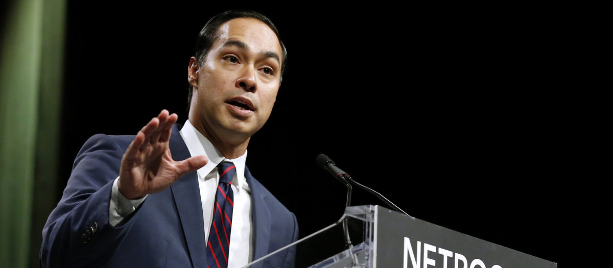 Julian Castro, former United States Secretary of Housing and Urban Development, speaks at the Netroots Nation annual conference for political progressives in New Orleans, Louisiana, U.S. August 4, 2018. REUTERS/Jonathan Bachman