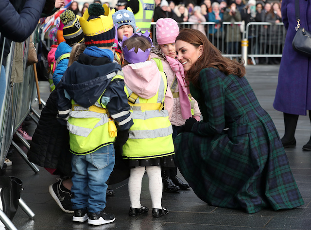 "Catherine, Duchess of Cambridge meets children during visit to the ""V&A Dundee"", Scotland's first design museum, in Dundee, Scotland, January 29, 2019. Jane Barlow/Pool via REUTERS"