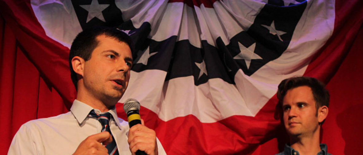 Sound Bend Indiana Mayor Peter Buttigieg talks about Republican Vice-presidential candidate Mike Pence in front of potential voters at a Hillary Clinton debate watching party for the LGBT community in Chicago, Illinois on September 26, 2016. Buttigieg is stumping for Clinton as the first openly gay executive in the state of Indiana. (Photo: DEREK HENKLE/AFP/Getty Images)