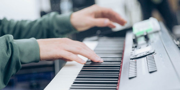 Normally $200, this piano course is 95 percent off