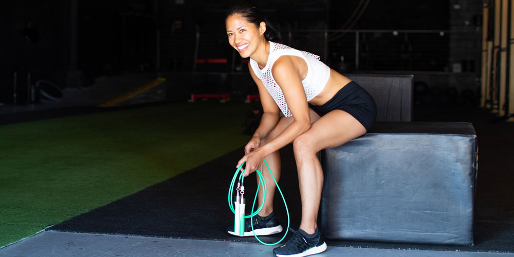 Save Over 20 Percent On This High-Tech Weighted Jump Rope Set