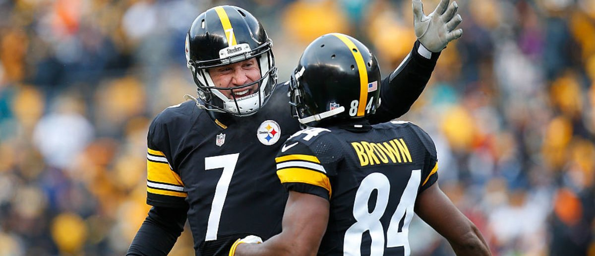 PITTSBURGH, PA - JANUARY 08: Ben Roethlisberger #7 of the Pittsburgh Steelers celebrates a touchdown with Antonio Brown #84 in the first half during the Wild Card Playoff game against the Miami Dolphins at Heinz Field on January 8, 2017 in Pittsburgh, Pennsylvania. (Photo by Justin K. Aller/Getty Images)