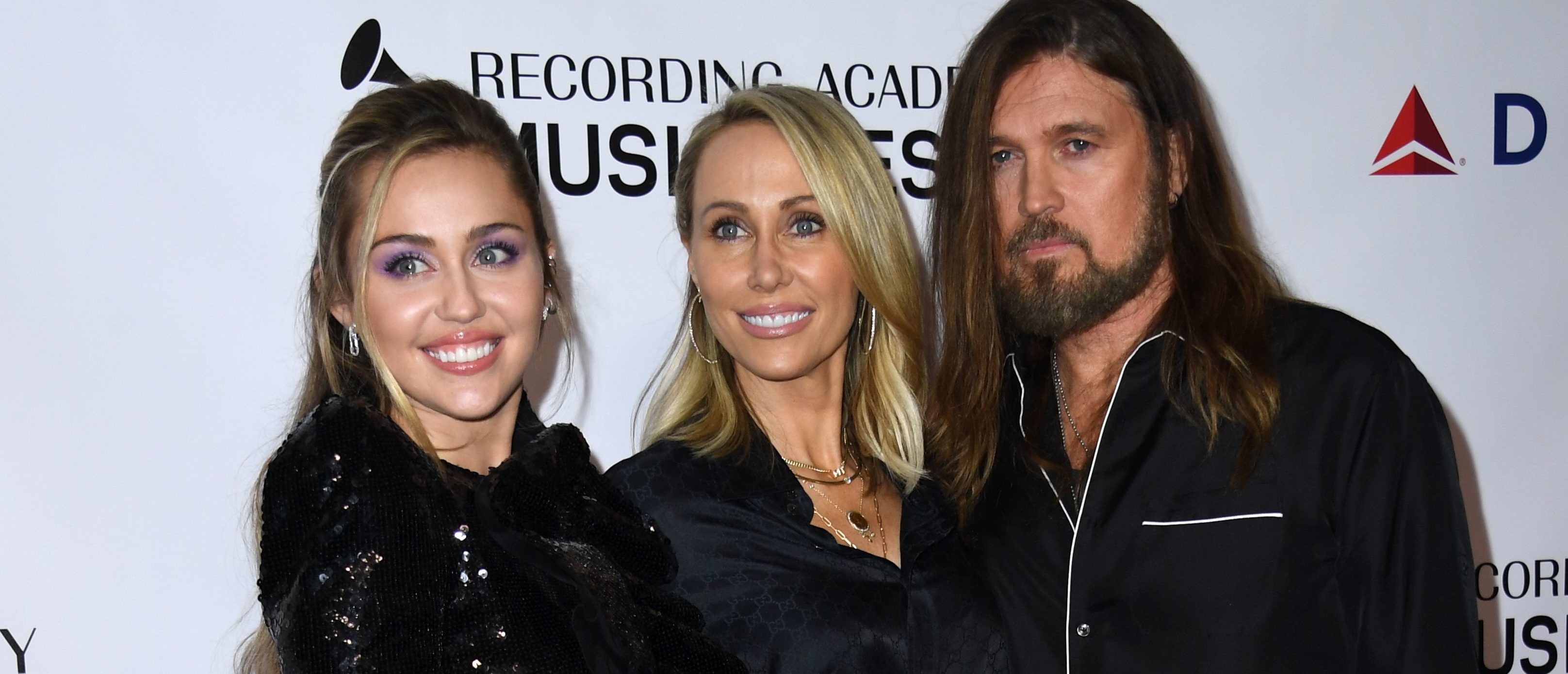 People Are Accusing Miley Cyrus' Mom Of White Privilege After This Photo Goes Viral