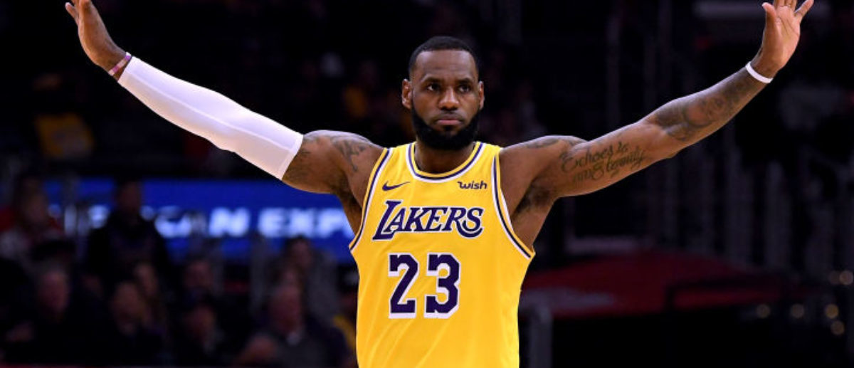 32804e67e58 LaVar Ball Guarantees LeBron James Won t Win A Title In Los Angles If Lonzo  Gets Traded