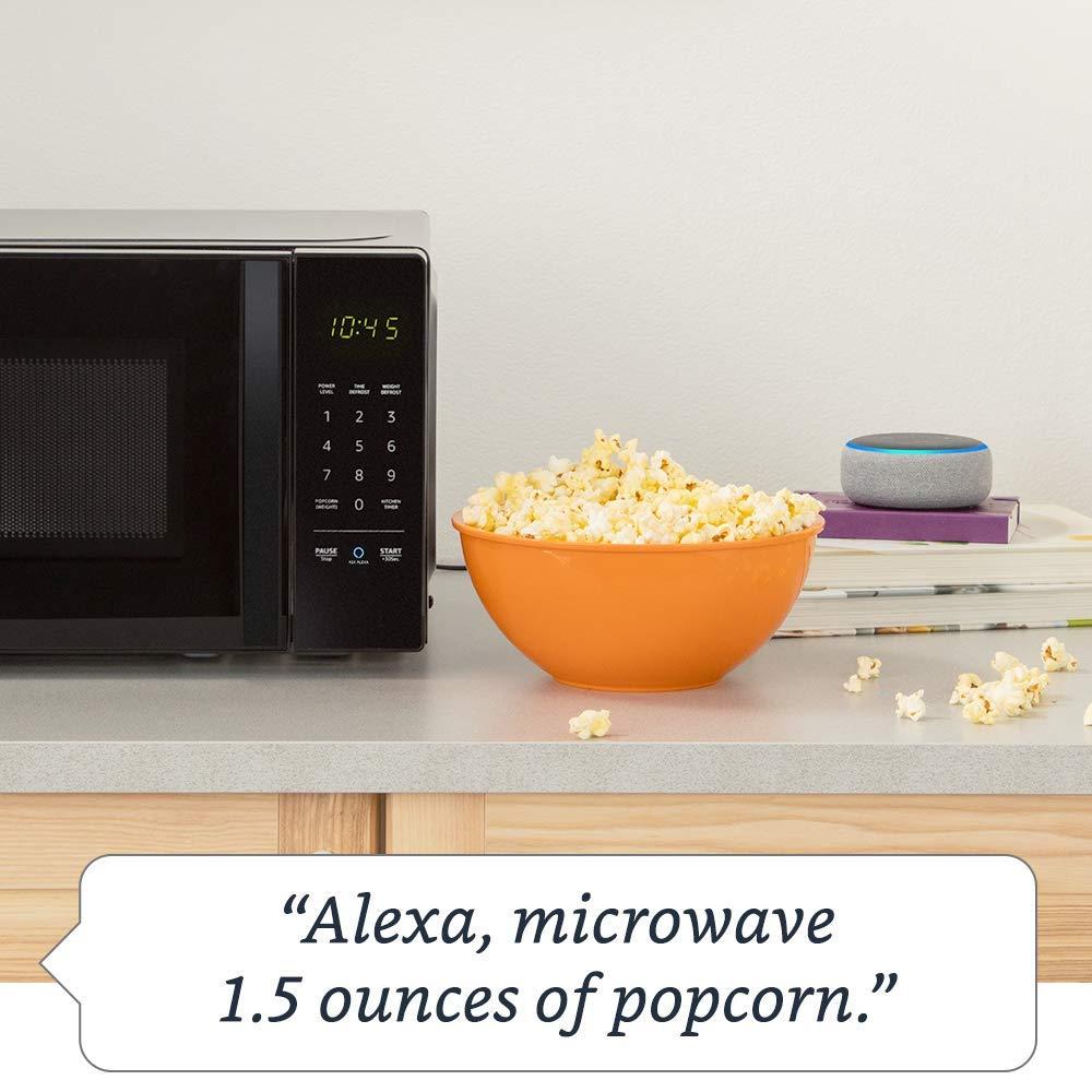 Originally $60, get this AmazonBasics Alexa-enabled microwave for only $42 (Photo via Amazon)