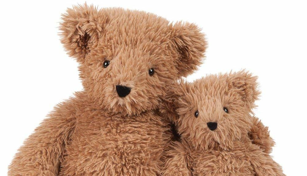 Here Are Some Of The Best Valentine's Day Deals To Save On A Cuddly Teddy Bear