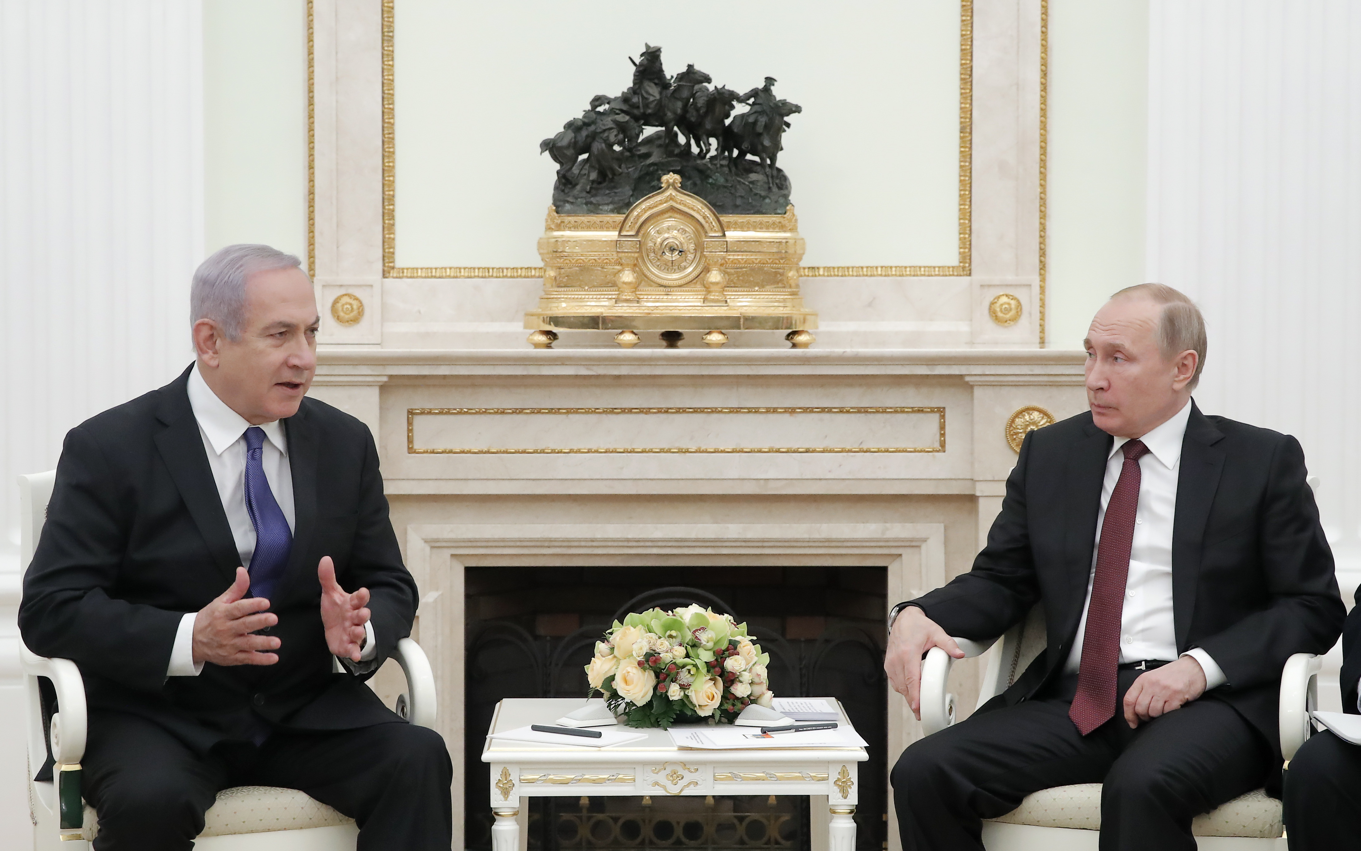 Russian President Vladimir Putin (R) meets with Israeli Prime Minister Benjamin Netanyahu at the Kremlin in Moscow on February 27, 2019. ( MAXIM SHEMETOV/AFP/Getty Images)