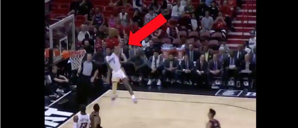 Derrick Jones (Credit: Screenshot/Twitter Video https://twitter.com/SportsCenter/status/1104870808554487808)