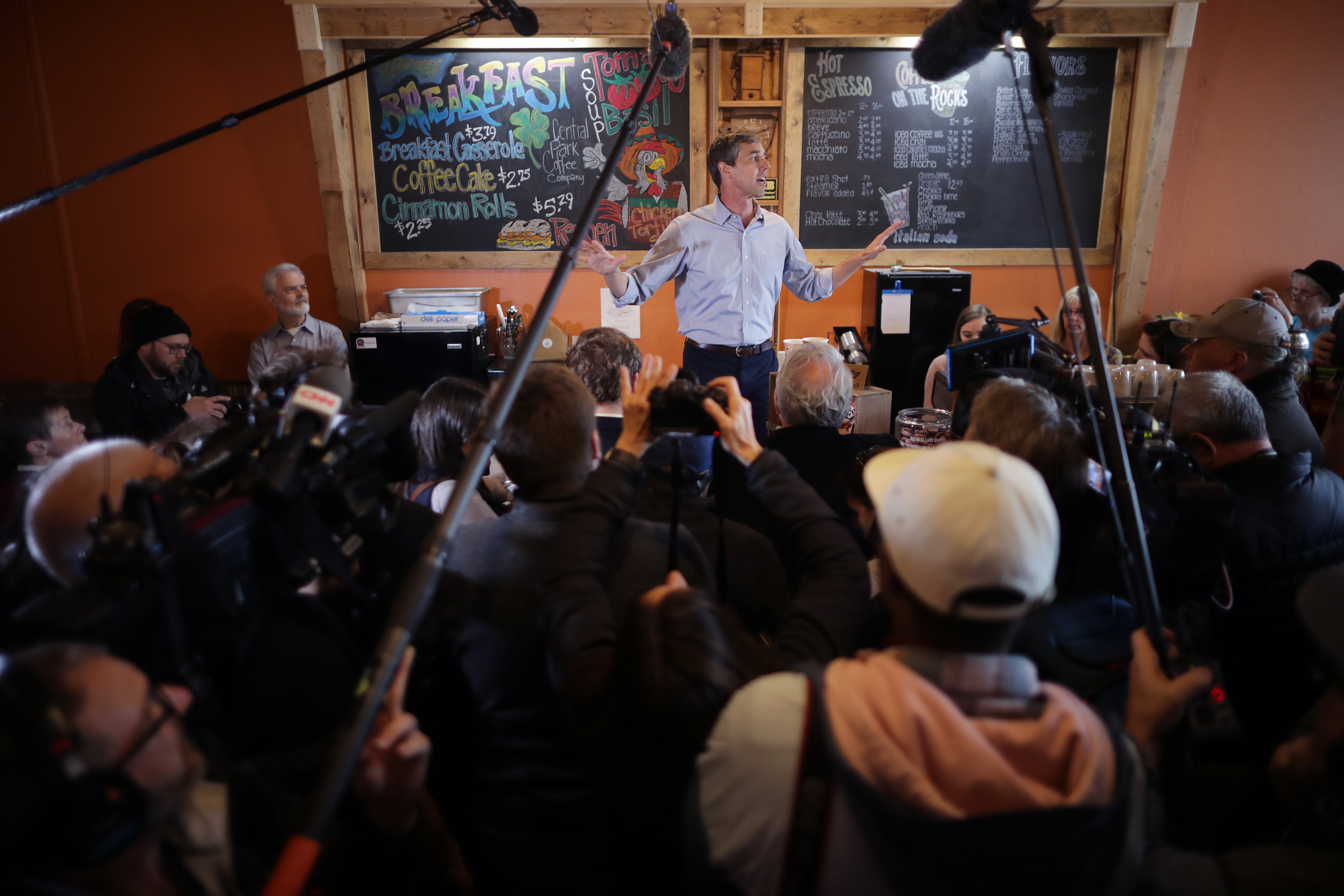 MOUNT PLEASANT, IOWA - MARCH 15: Democratic presidential candidate Beto O'Rourke stands on a counter top as he talks with voters during his second day of campaigning for the 2020 nomination at Central Park Coffee Company March 15, 2019 in Mount Pleasant, Iowa. After losing a long-shot race for U.S. Senate to Ted Cruz (R-TX), the 46-year-old O'Rourke is making his first campaign swing through Iowa after jumping into a crowded Democratic field this week. (Photo by Chip Somodevilla/Getty Images)