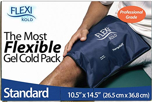 This gel cold pack can fit comfortably over any injury or burn spot (Photo via Amazon)
