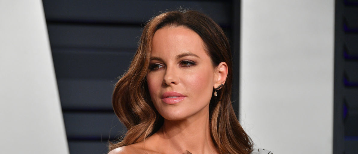 Kate Beckinsale attends the 2019 Vanity Fair Oscar Party hosted by Radhika Jones at Wallis Annenberg Center for the Performing Arts on February 24, 2019 in Beverly Hills, California. (Photo by Dia Dipasupil/Getty Images)