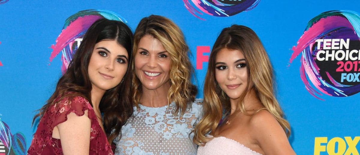 (L-R) Isabella Giannulli, Lori Loughlin and Olivia Giannulli attend the Teen Choice Awards 2017 at Galen Center on August 13, 2017 in Los Angeles, California. (Photo by Frazer Harrison/Getty Images)