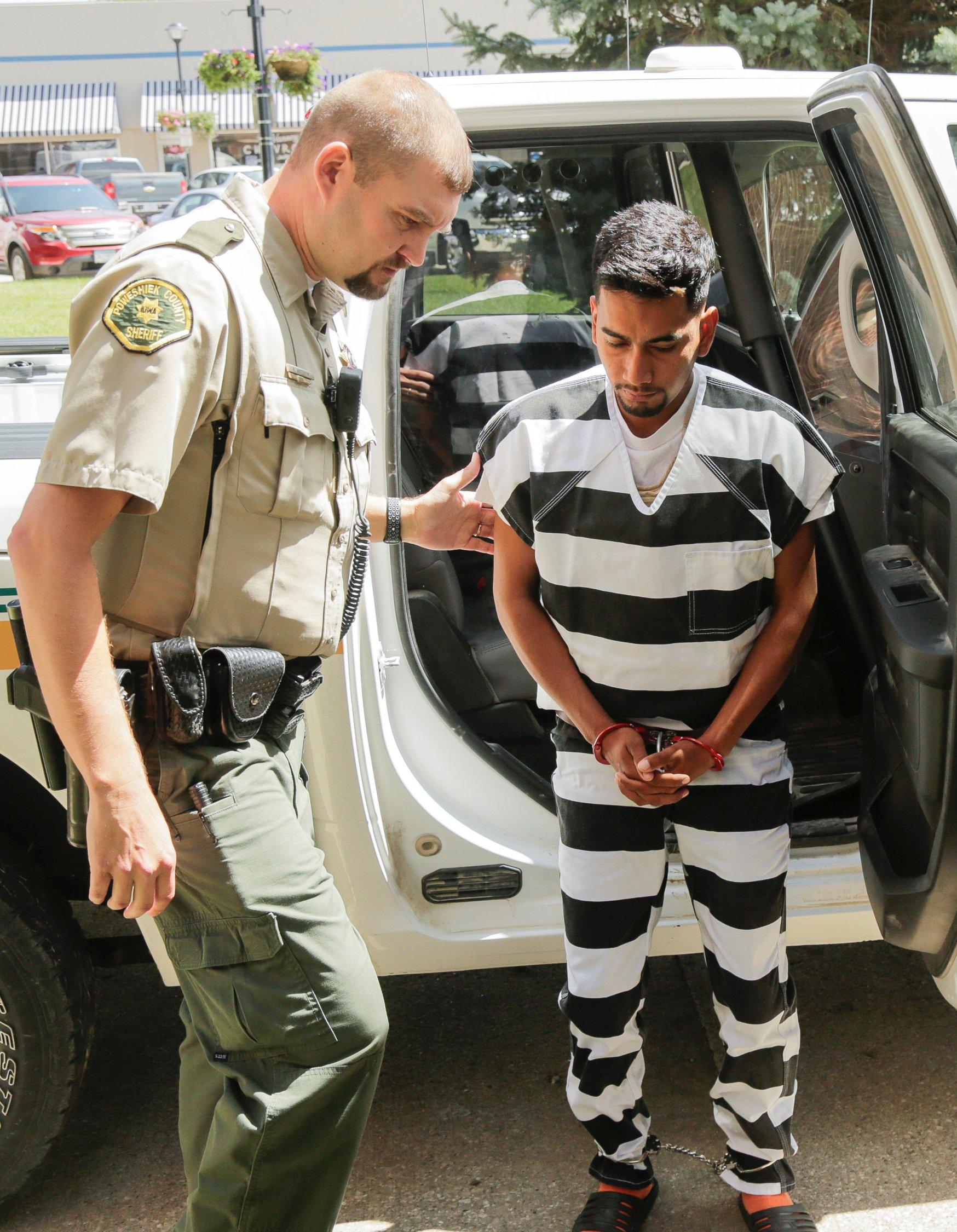 Cristhian Rivera, 24, accused of killing University of Iowa student Mollie Tibbetts, arrives for his initial appearance at the Poweshiek County Courthouse in Montezuma, Iowa, U.S., August 22, 2018. Jim Slosiarek/The Gazette/Pool via REUTERS