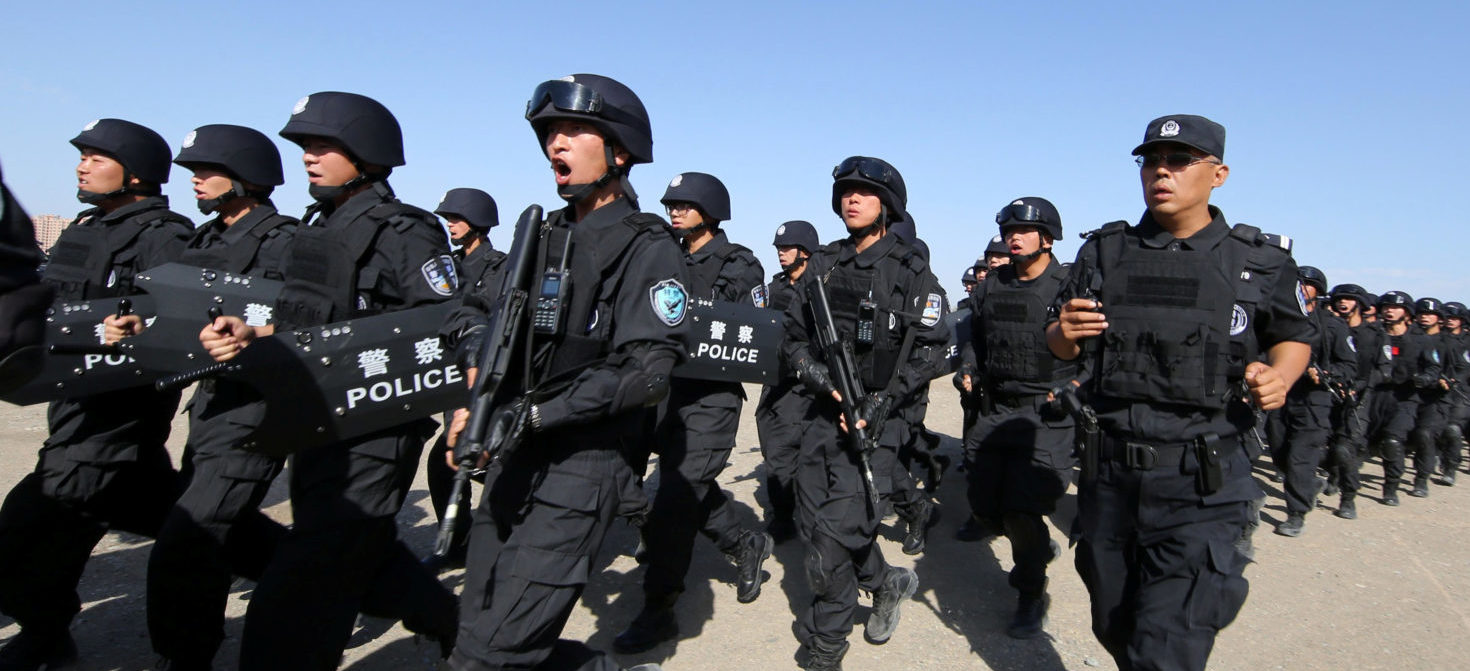 Chinese soldiers participate in an anti-terror drill in Hami, Xinjiang Uighur Autonomous Region, China, July 8, 2017. Picture taken July 8, 2017. REUTERS/Stringer