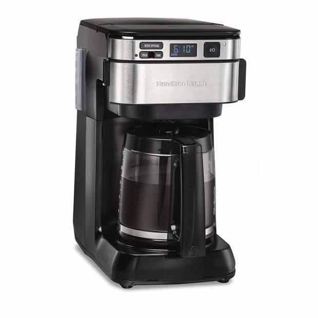 This Hamilton Beach coffee maker is on sale for under $30. (Photo via Amazon)