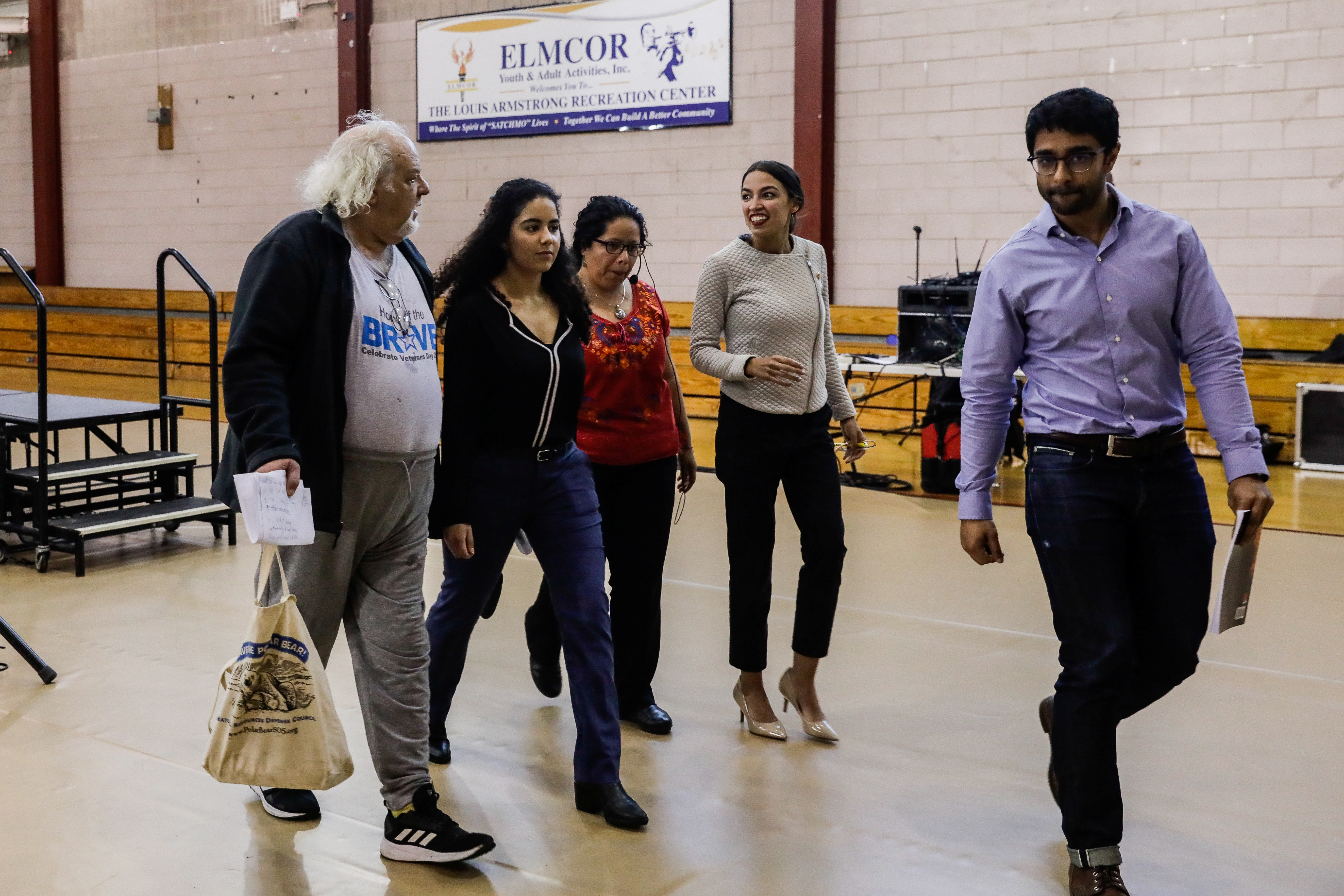U.S. Representative Alexandria Ocasio-Cortez (D-NY) leaves after the town hall meeting in the Queens borough of New York City, New York, U.S., April 27, 2019. REUTERS/Jeenah Moon
