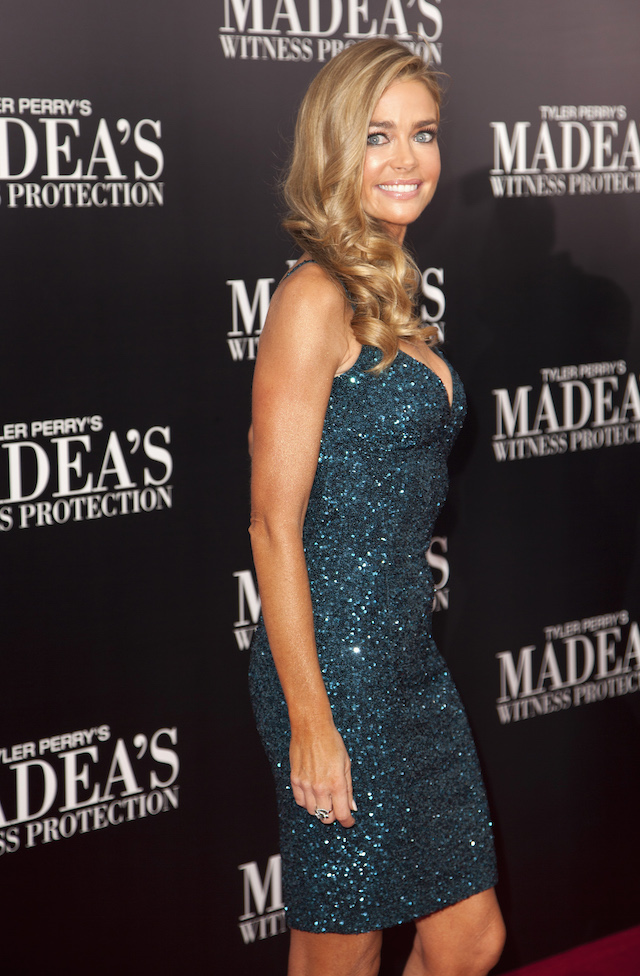 """Cast member Denise Richards arrives for the New York premiere of Tyler Perry's """"Madea's Witness Protection"""" in New York June 25, 2012. REUTERS/ Andrew Kelly"""