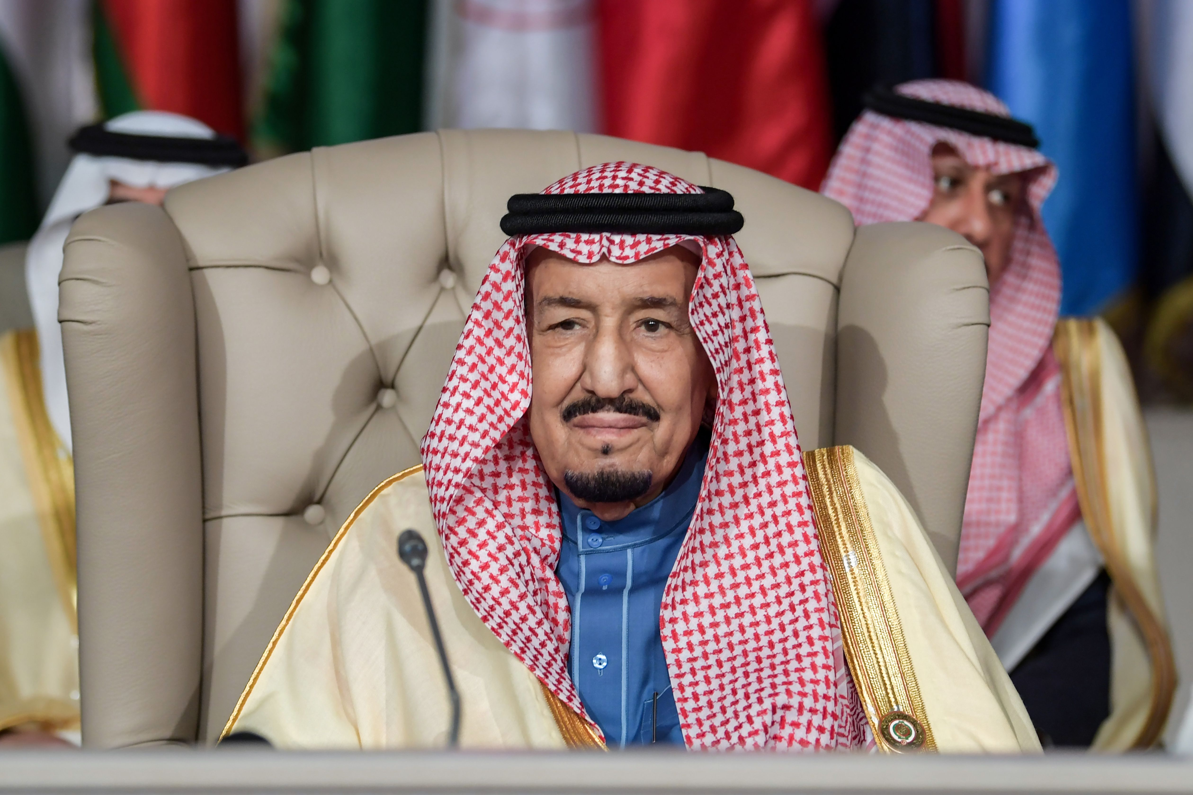 Saudi Arabia's King Salman bin Abdulaziz (C) chairs the opening session of the 30th Arab League summit in the Tunisian capital Tunis on March 31, 2019. (FETHI BELAID/AFP/Getty Images)