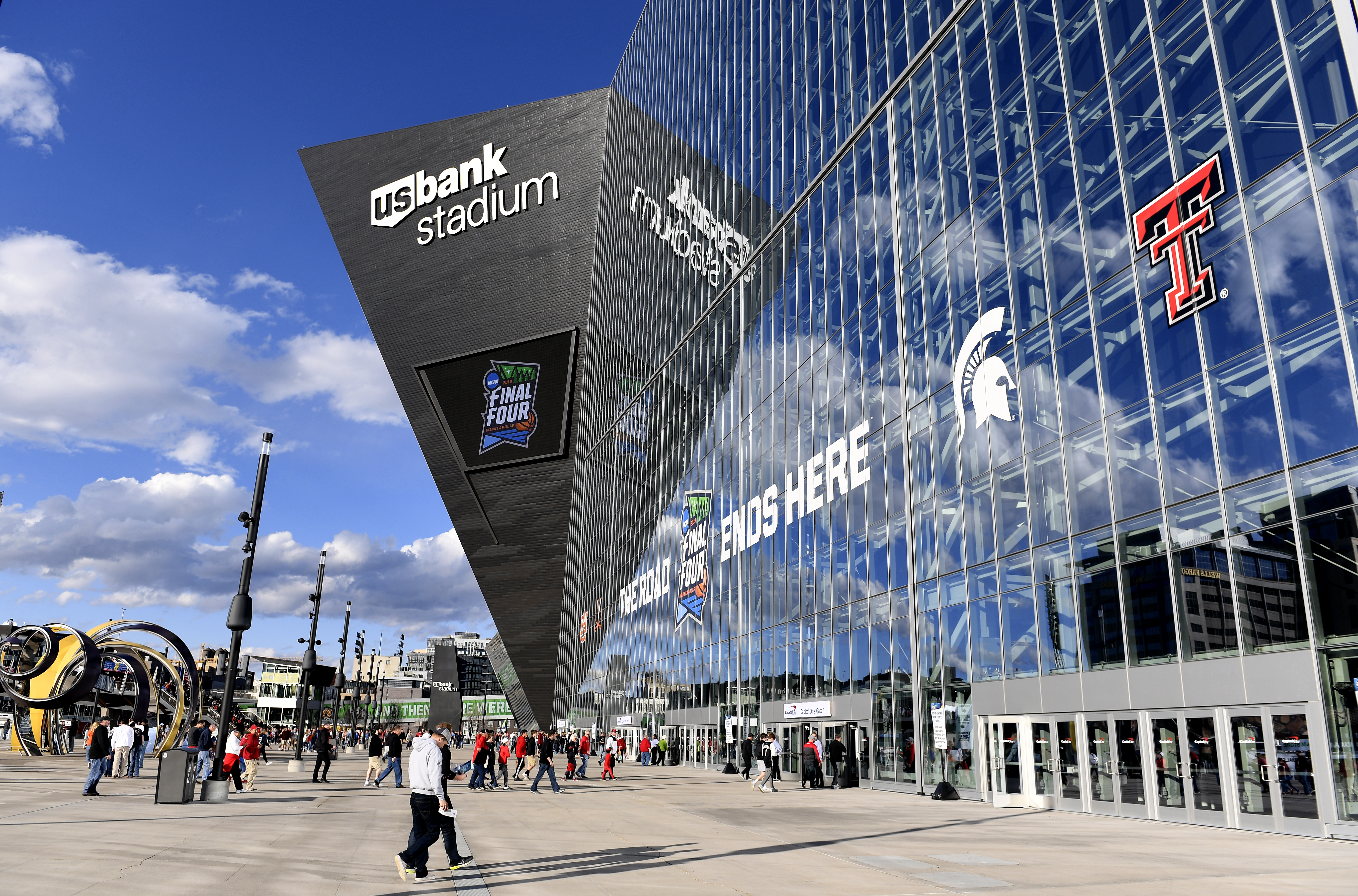 An exterior view of U.S. Bank Stadium prior to the 2019 NCAA men's Final Four National Championship game between the Virginia Cavaliers and the Texas Tech Red Raiders at U.S. Bank Stadium on April 08, 2019 in Minneapolis, Minnesota. (Hannah Foslien/Getty Images)