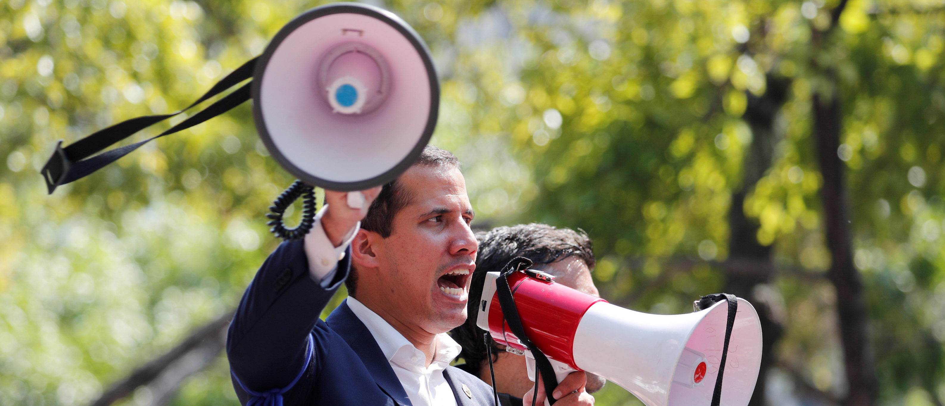 Venezuelan opposition leader Juan Guaido, who many nations have recognised as the country's rightful interim ruler, talks to supporters in Caracas, Venezuela April 30, 2019. REUTERS/Carlos Garcia Rawlins
