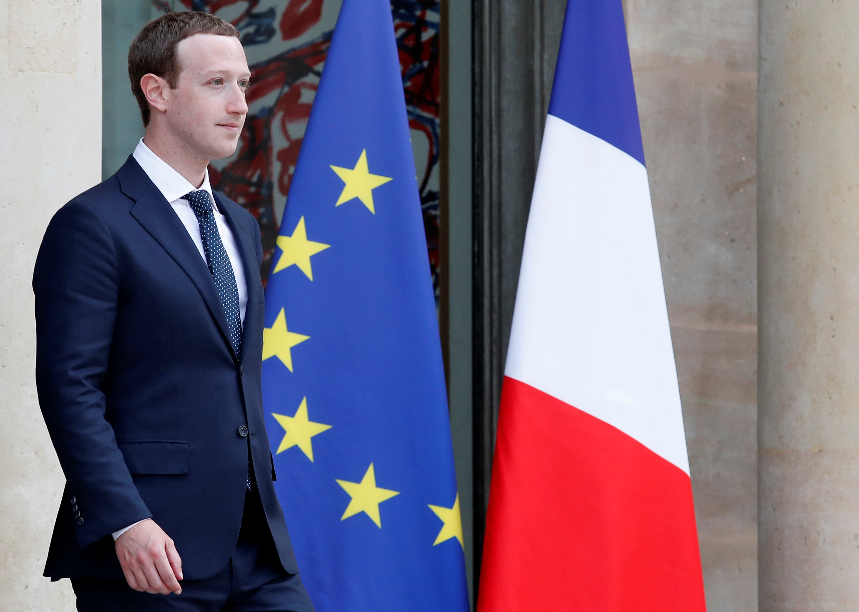 Facebook's CEO Mark Zuckerberg leaves after a meeting with French President at the Elysee Palace in Paris, France, May 23, 2018. REUTERS/Christian Hartmann