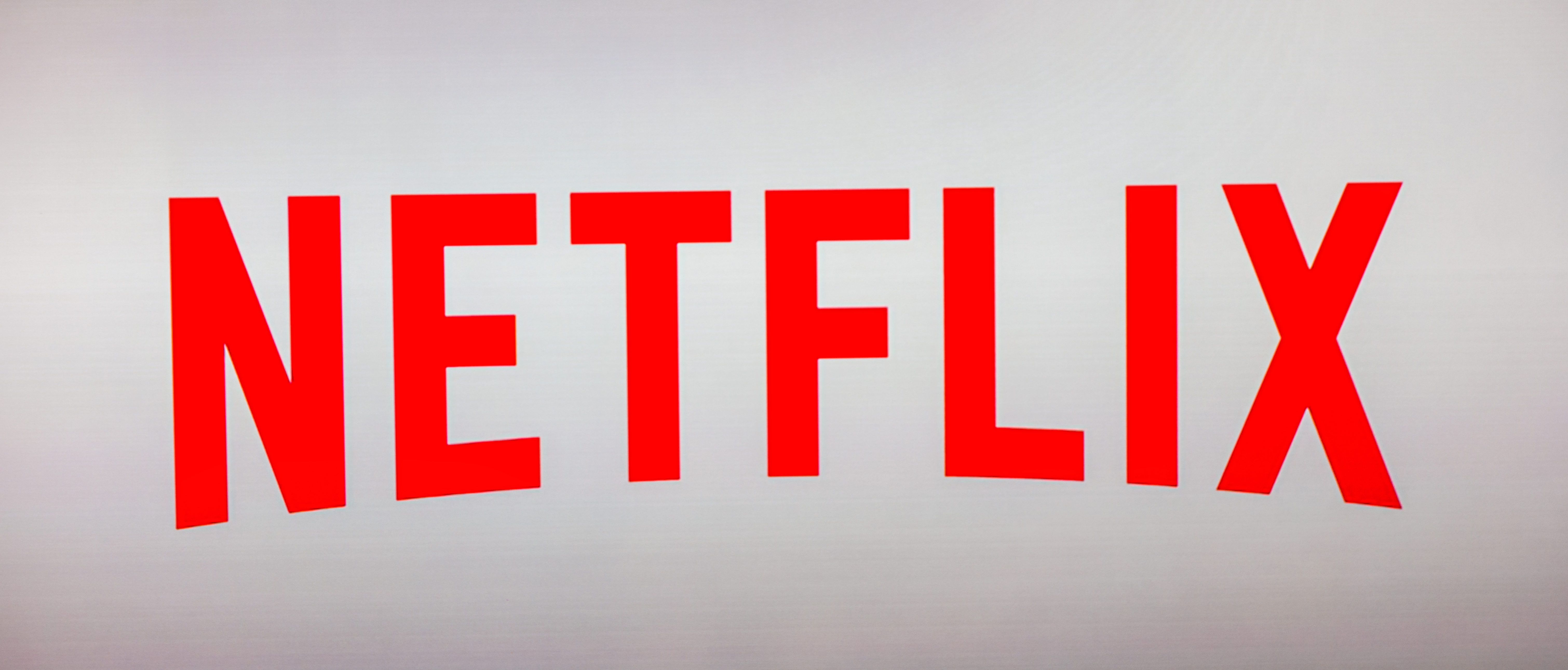Netflix refuses to discuss how to handle suicides, Shutterstock r.classen