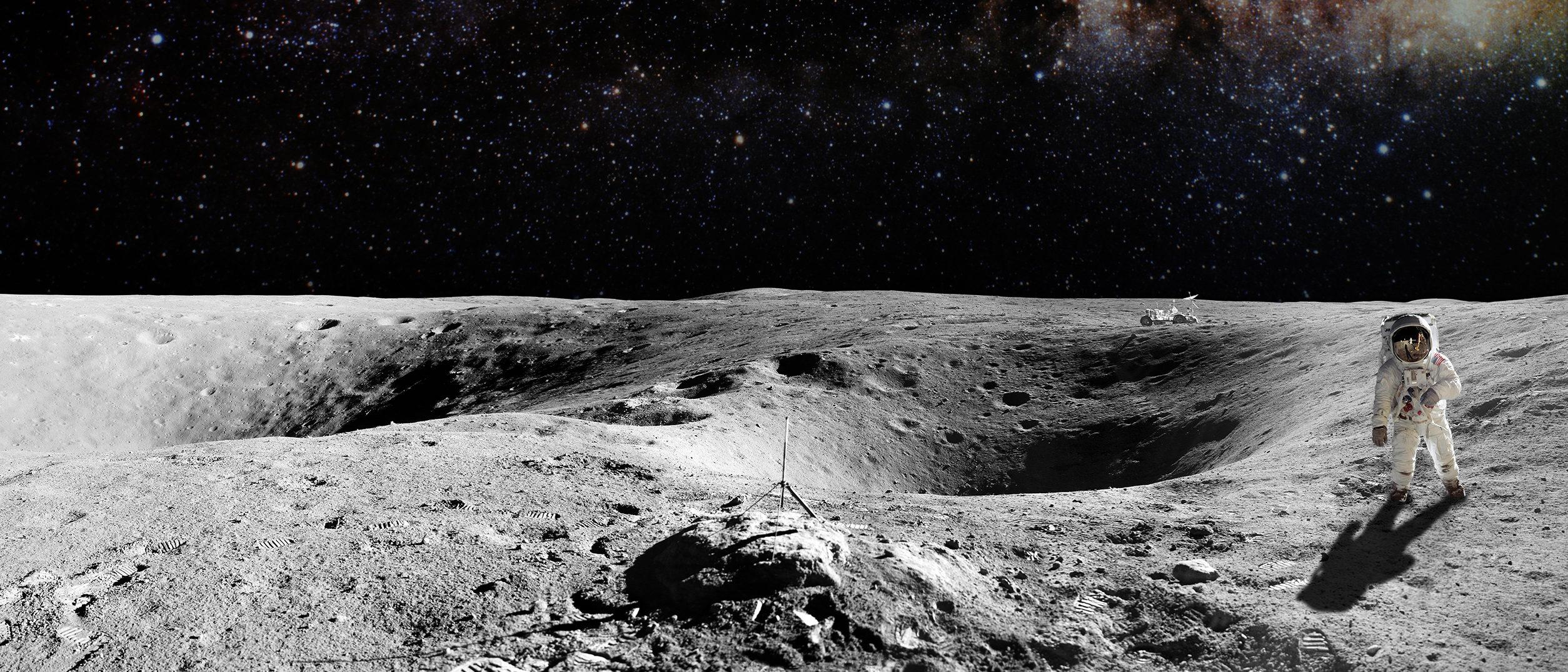 Picture of man walking on the moon (Shutterstock/Castleski)