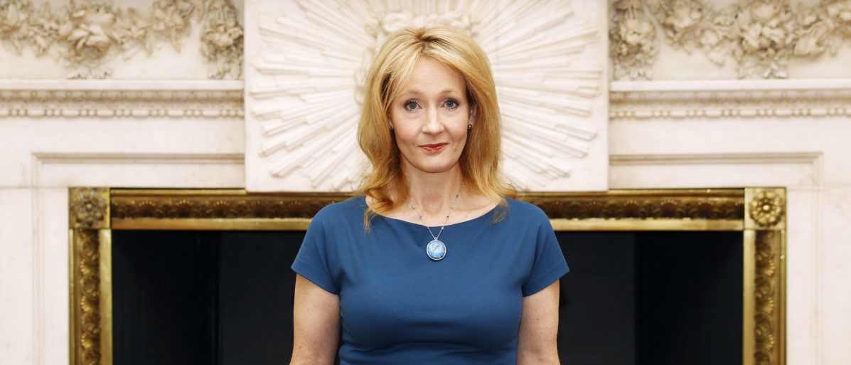 FACT CHECK: Facebook Post Claims JK Rowling Tweeted The N-Word