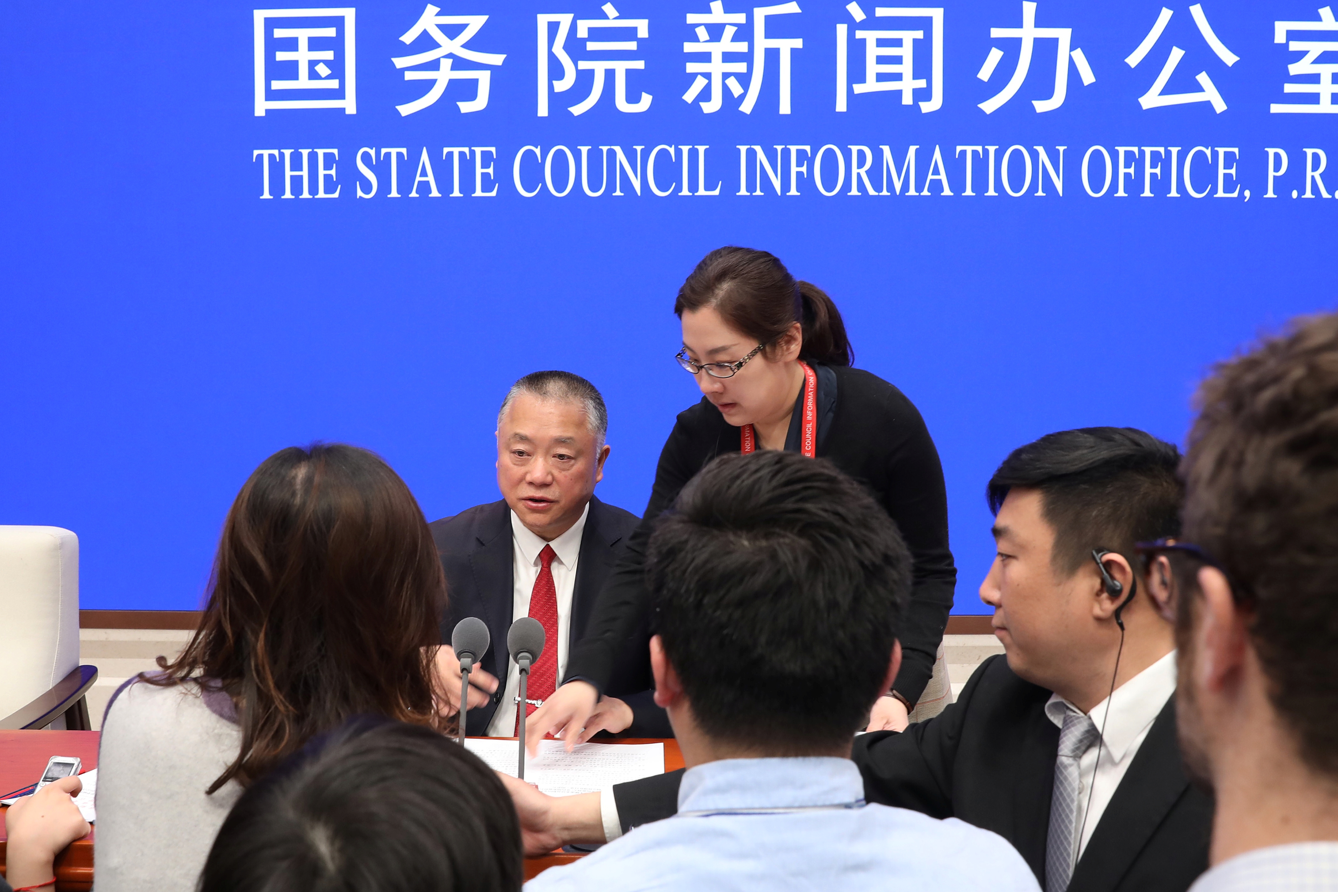 Liu Yuejin, Vice Commissioner of China National Narcotics Control Commission and Commissioner of Counterterrorism of Ministry of Public Security speaks to reporters after the news conference on fentanyl-related substances control, in Beijing, China April, 1, 2019. (REUTERS/Stringer)