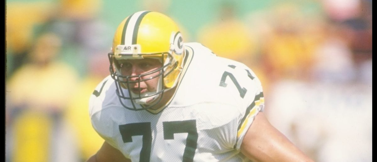 24 Sep 1989: Offensive lineman Tony Mandarich of the Green Bay Packers looks on during a game against the Los Angeles Rams at Anaheim Stadium in Anaheim, California. The Rams won the game, 41-38. (Mandatory Credit: Mike Powell/Allsport/Getty Images)