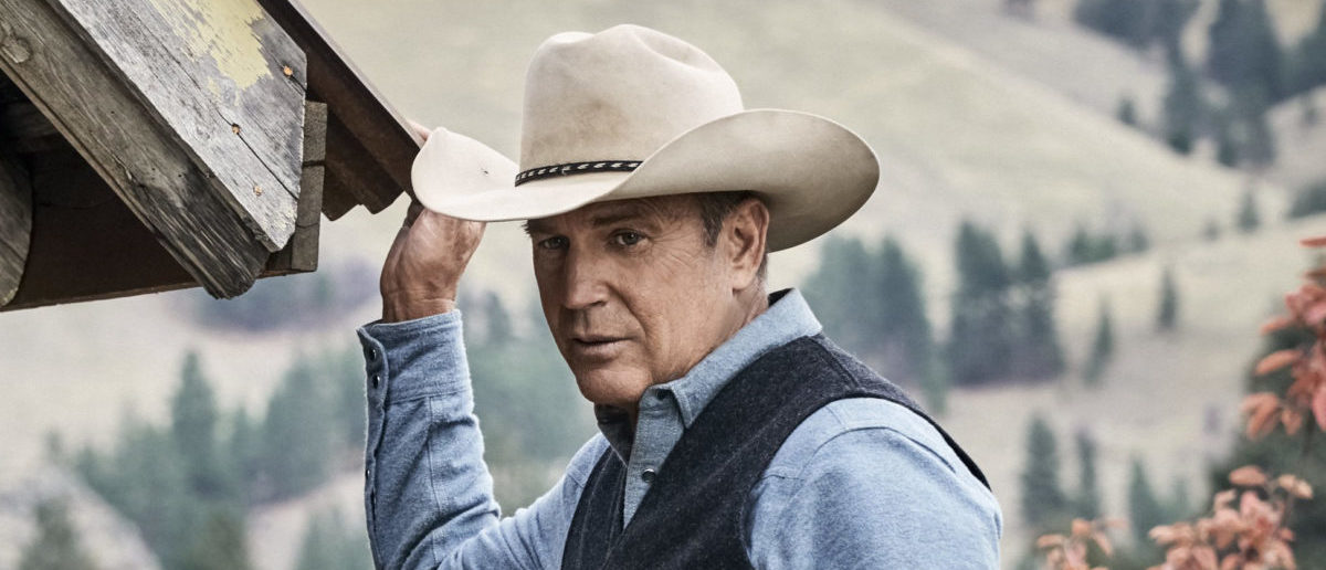"""John Dutton (L- Kevin Costner) will do anything it takes for his family and to preserve his ranch on """"Yellowstone."""" (Credit: Paramount Network)"""