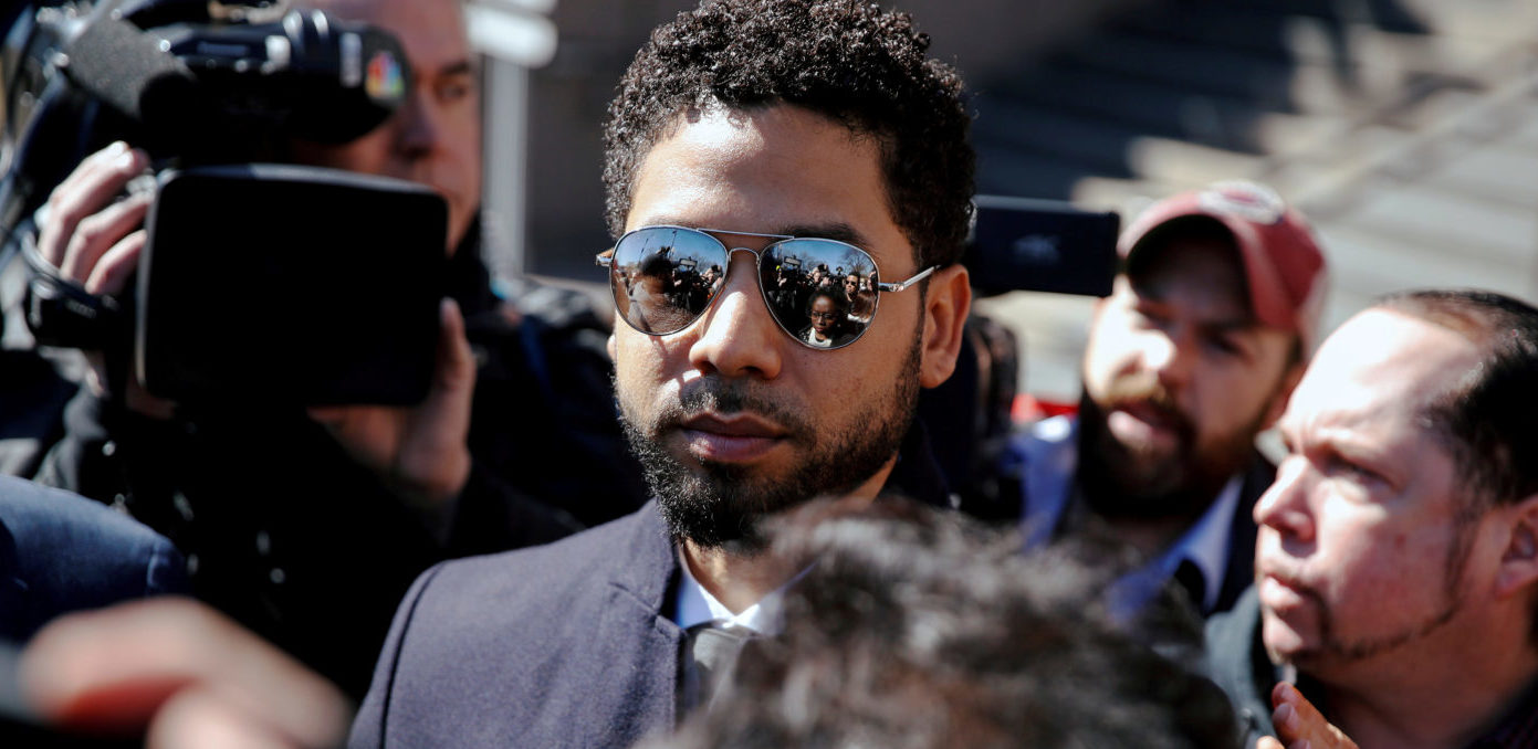 Actor Jussie Smollett leaves court after charges against him were dropped by state prosecutors in Chicago, Illinois, U.S. March 26, 2019. REUTERS/Kamil Krzaczynski/File Photo