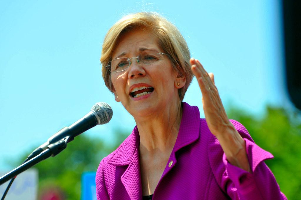 """Rally at US Sen 0196 Senator Elizabeth Warren"" by mdfriendofhillary is licensed under CC BY-SA 2.0"