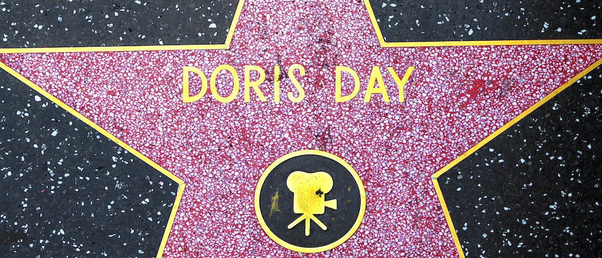 Hollywood Reacts To Death Of Legendary Actress Doris Day