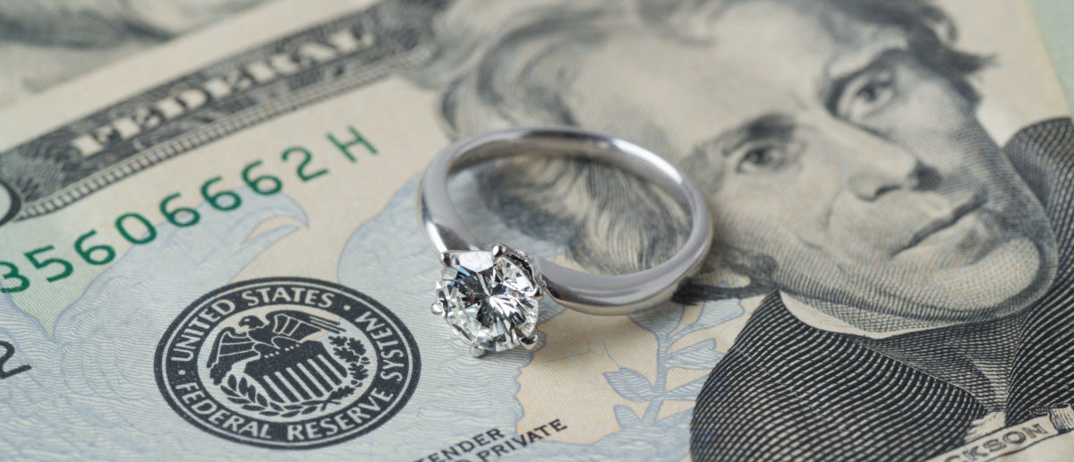 A man allegedly conned a woman out of thousands of dollars. SHUTTERSTOCK/ Atsushi Hirao