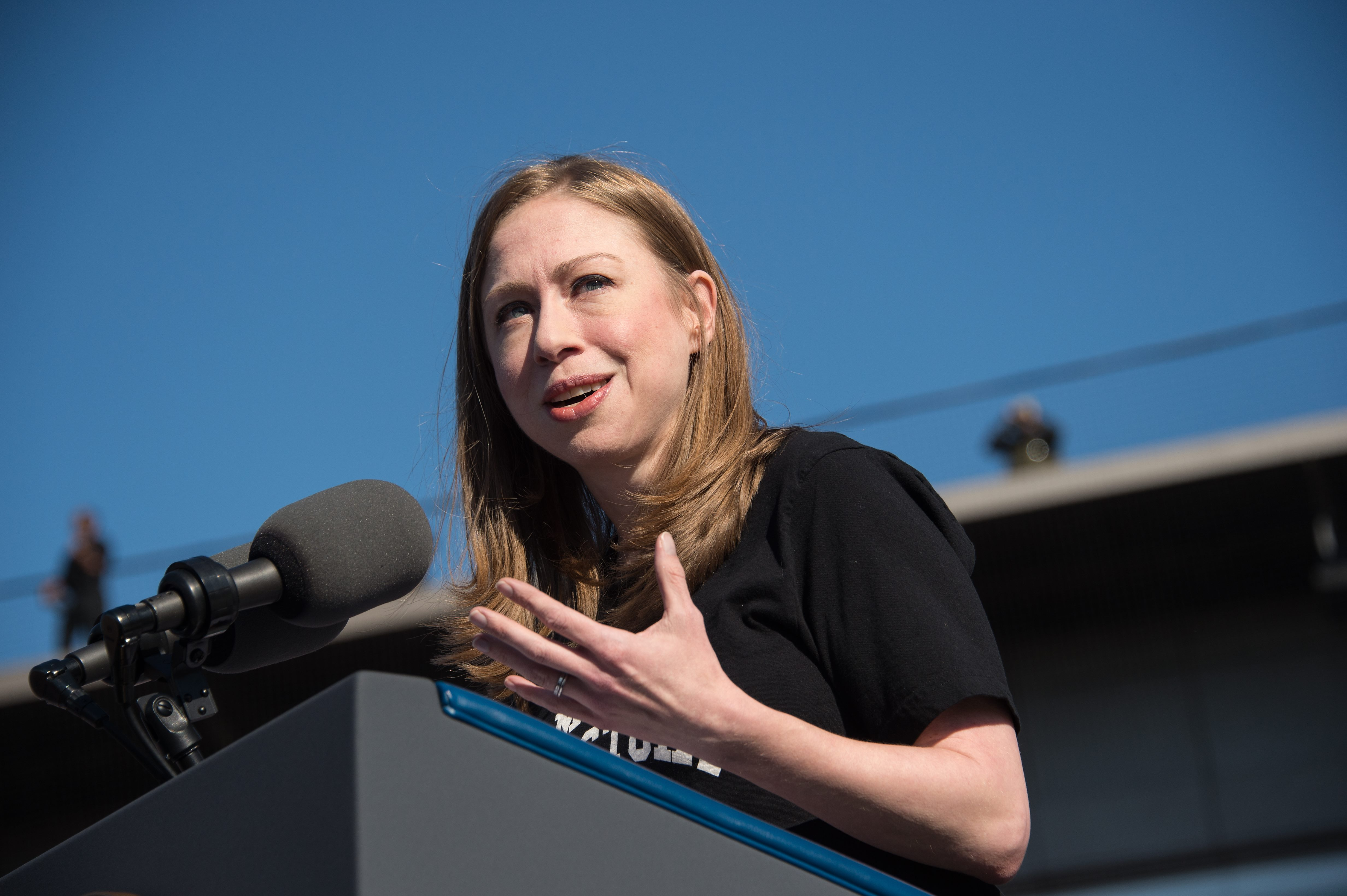 Chelsea Clinton introduces US President Barack Obama at a rally for Democratic presidential nominee Hillary Clinton in Ann Arbor, Michigan, on November 7, 2016.(NICHOLAS KAMM/AFP/Getty Images)