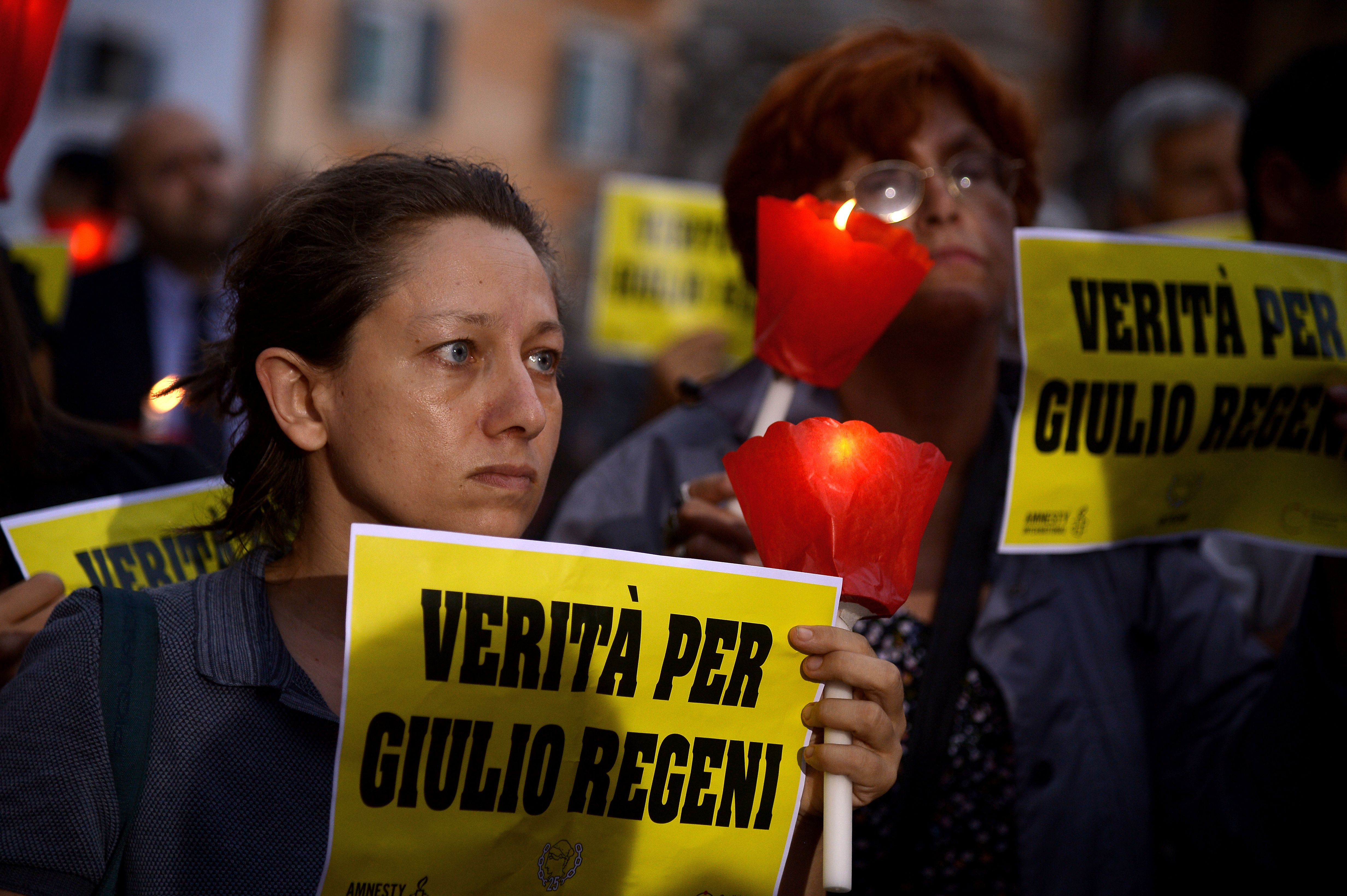 Amnesty International activists perform a candle light demonstration in Rome's Pantheon square on July 25, 2016 to remember late Italian student Giulio Regeni. (FILIPPO MONTEFORTE/AFP/Getty Images)
