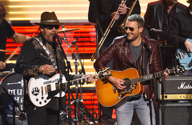 Hank Williams, Jr. (L) and Eric Church perform at the 49th Annual Country Music Association Awards in Nashville, Tennessee November 4, 2015. REUTERS/Harrison McClary
