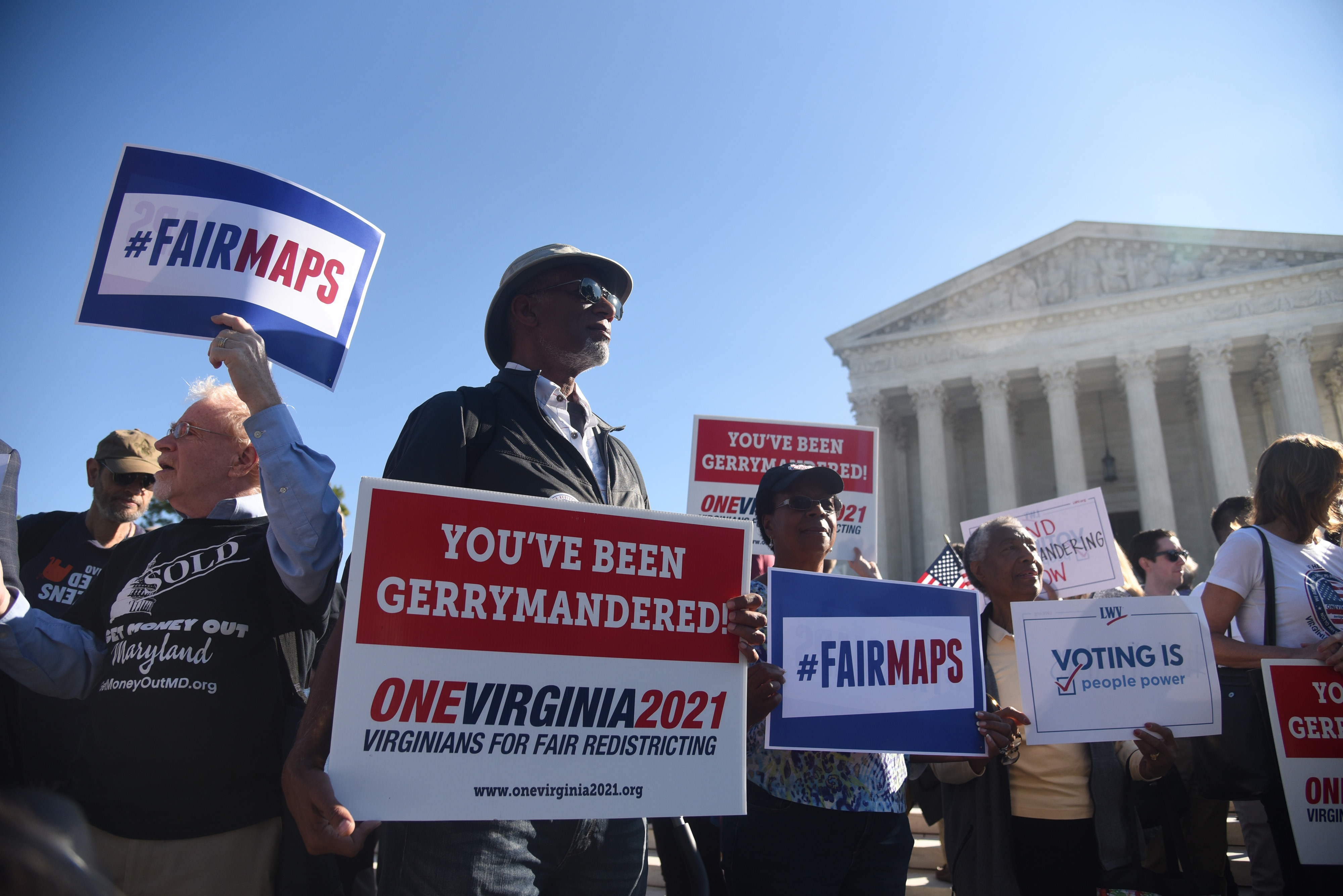 Demonstrators gather outside of the Supreme Court during oral arguments in Gill v. Whitford to call for an end to partisan gerrymandering on October 3, 2017. (Olivier Douliery/Getty Images)